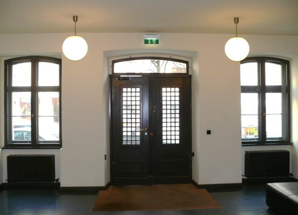 headquarter ullstein buchverlag timm fensterbau. Black Bedroom Furniture Sets. Home Design Ideas