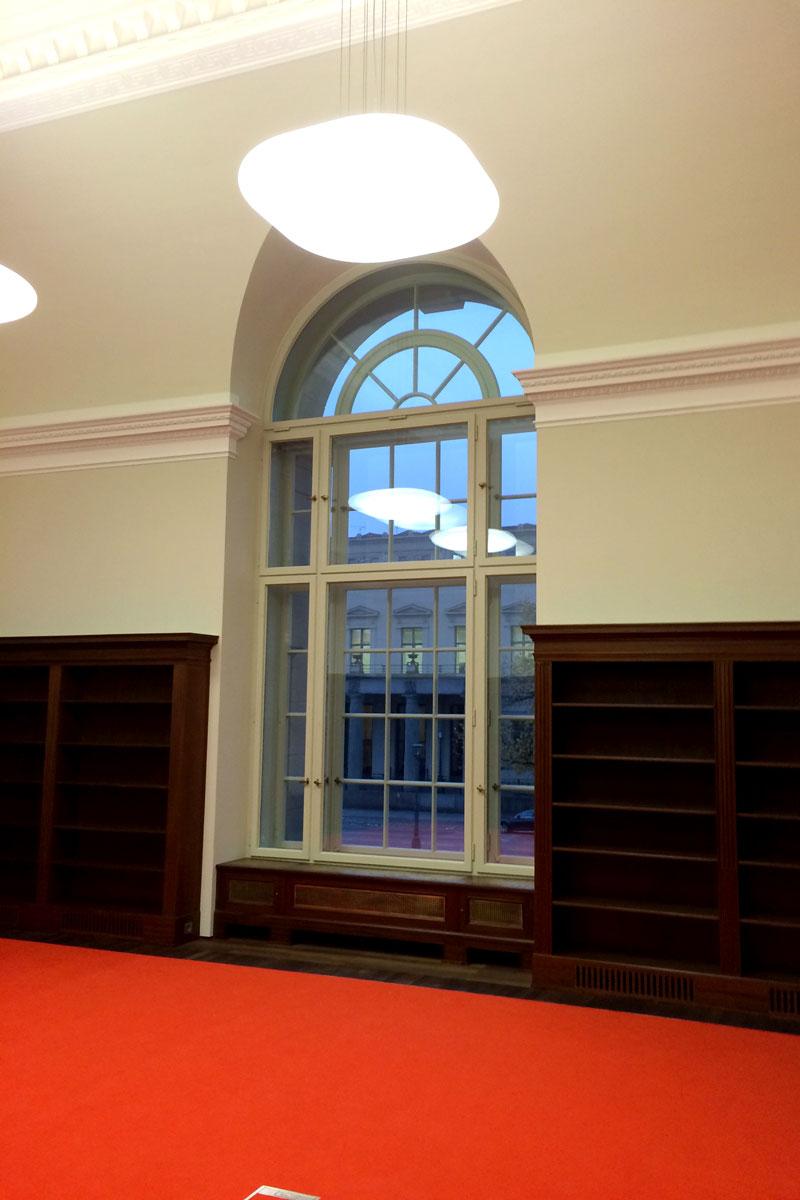 timm-fensterbau-berlin-fenster-staatsbilbliothek-rundbogenfenster-innen