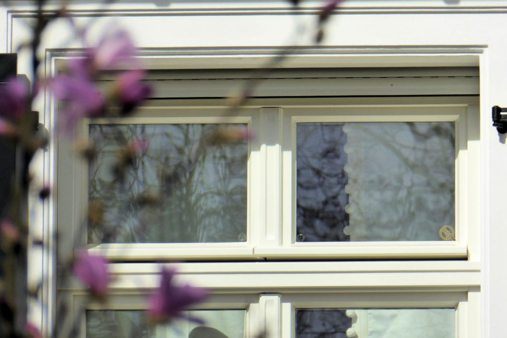 Einbruchhemmende Sicherheitsfenster gemäß zertifizierter Widerstandsklassen RC1bisRC4 - schmale und filigrane Sicherheitsfenster