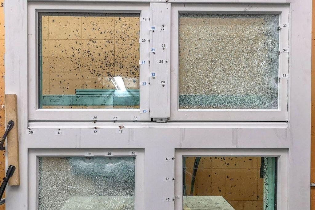 Durchschusshemmende Sicherheitsfenster die man zunächst nicht sieht