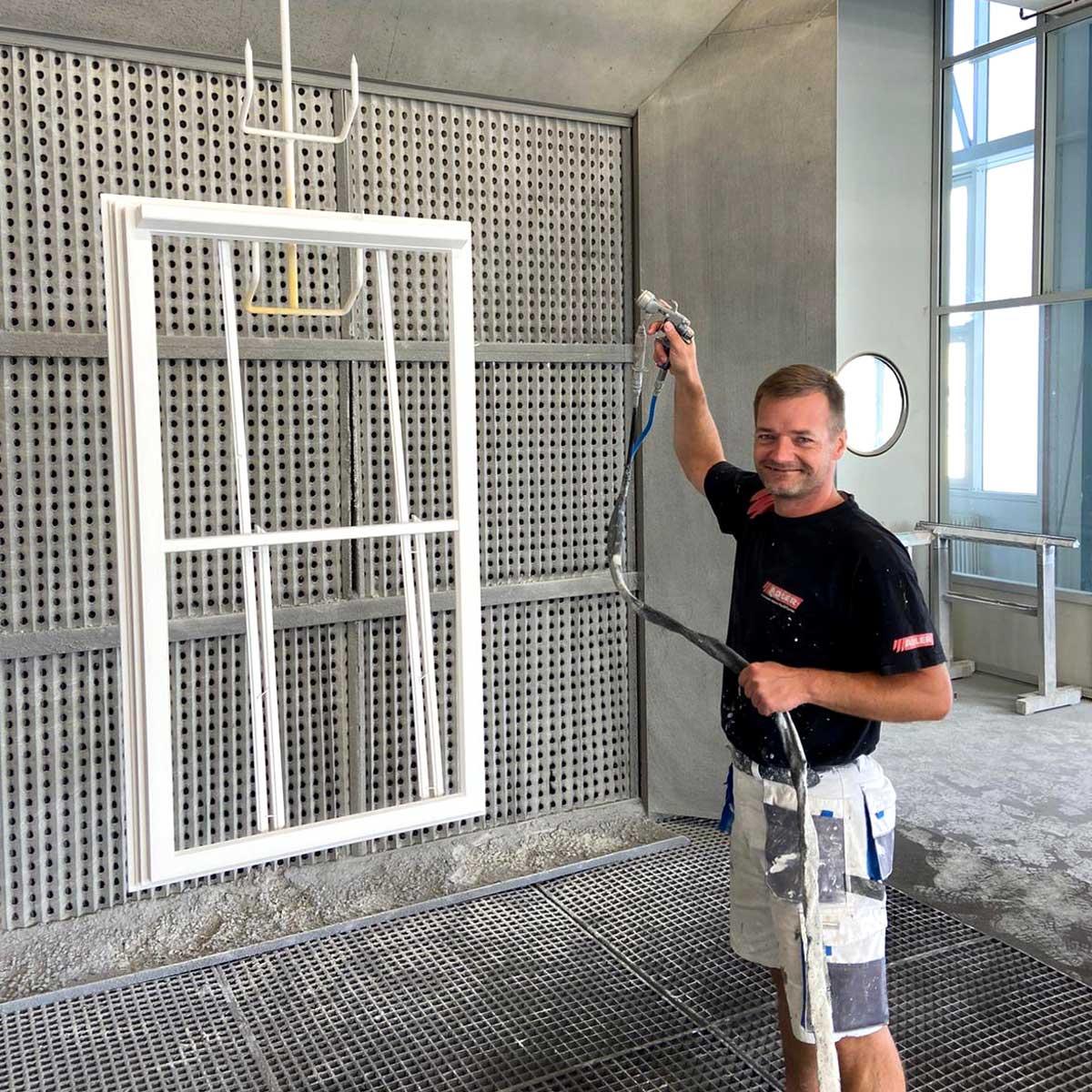 Timm Fensterbau, Karriere:  Maler
