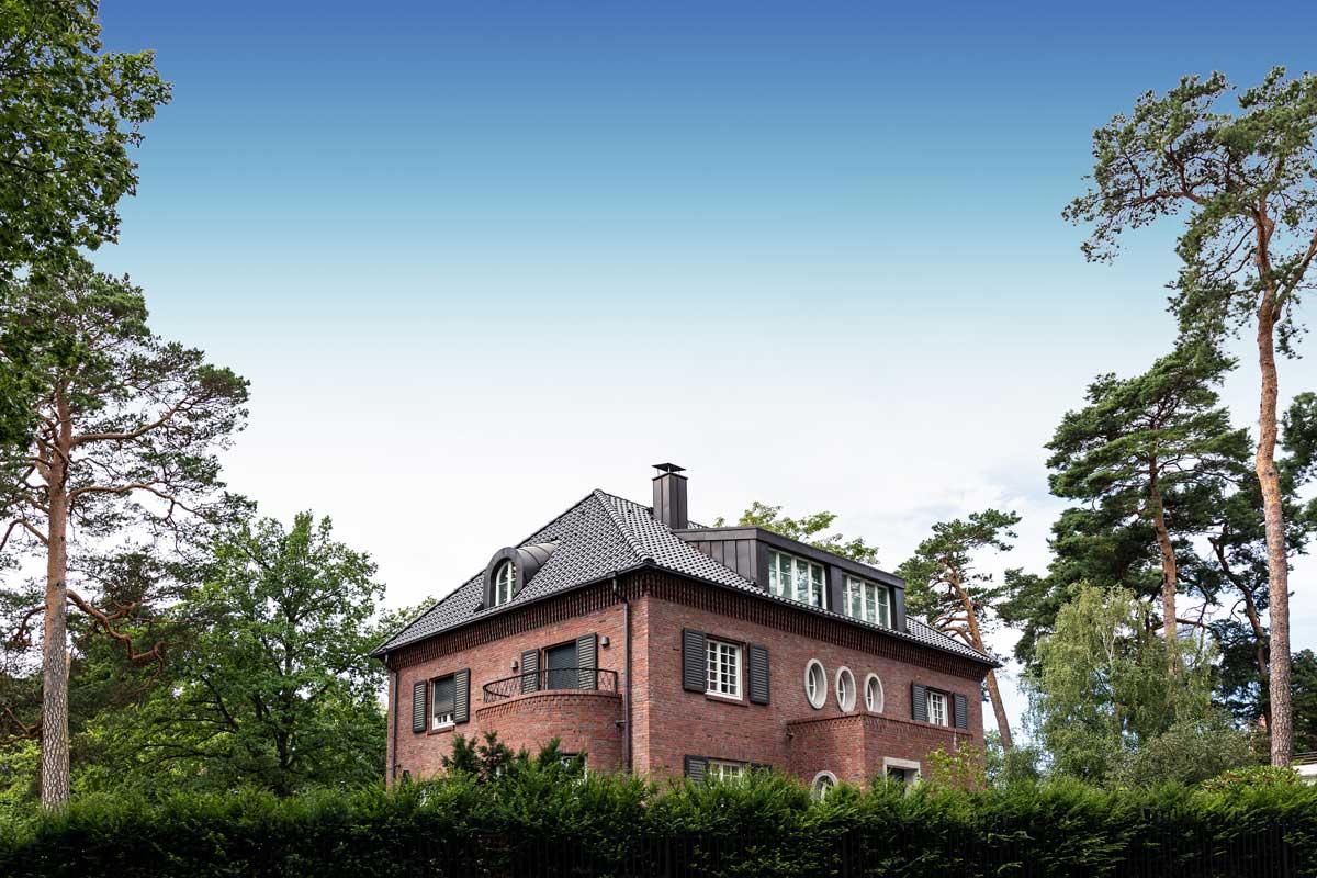 Villa Grunewald - hochwertigste Holz-Isolierglasfenster im System TIMM W 68